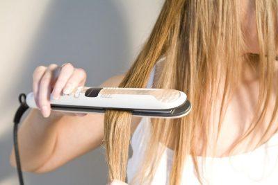 Избавление от вшей утюжком для волос